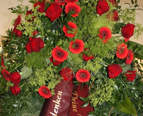 Trauerfloristik, Trauerkranz, Blume & Beiwerk mobiler Blumenservice München