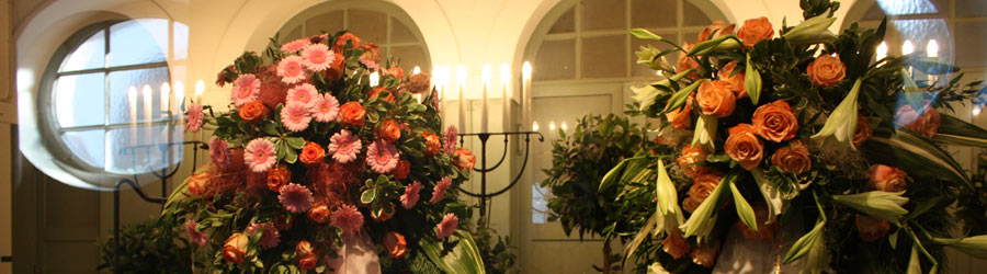 Trauerfloristik, Trauergestecke, mobiler Blumenservice München Blume & Beiwerk